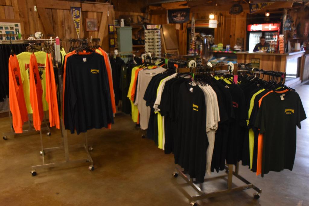 gift shop alligator tours